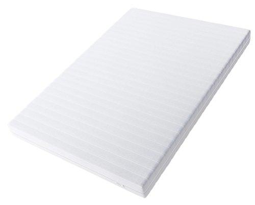 Hilding Sweden Essentials Schaumstoffmatratze in Weiß / Mittelfeste Matratze mit orthopädischem 7-Zonen-Schnitt für alle Schlaftypen (H2-H3)