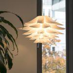 Lampwin - Lotus Lampenschirm DIY Puzzle Lampe Hängeleuchtenschirm (IQ PP Anhänger, für Weihnachten, Wohnzimmer, Schlafzimmer, Studie, Esszimmer, Dekor Beleuchtung, weiß)